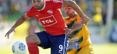 Defensa lo dejó escapar en el primer tiempo e Independiente se llevó el empate que vino a buscar