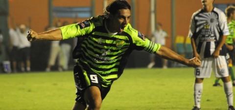 """""""Milla está lejos de lo que podemos pagar y no vamos a hipotecar el club"""" aseguró Diego Lemme en Radio GBA"""