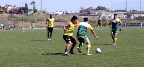 Defensa venció a Aldosivi en Mar del Plata con un equipo mixto por 3 a 1