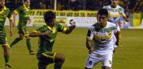 ¡Defensa goleó a Aldosivi y ahora está segundo a 2 puntos de Banfield y 5 por sobre Independiente!