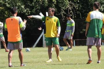 Diego Cocca_entrenamientos_pre Villa San Carlos
