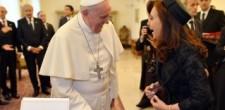 La Presidenta Cristina Fernández llegó a Roma y mañana almorzará con el Papa Francisco