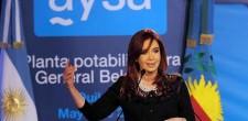 Cristina inauguró la Planta Potabilizadora General Belgrano de AySA, mas cloacas y agua potable3