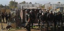 """Desalojaron el asentamiento """"Papa Francisco"""" de Villa Lugano, en Capital. Hubo incidentes y heridos en el operativo"""