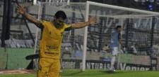 ¡Defensa ganó, goleó y respira! Fue 3 a 0 a Gimnasia en una gran actuación. Convirtieron Yacuzzi, Barbieri y Rodríguez