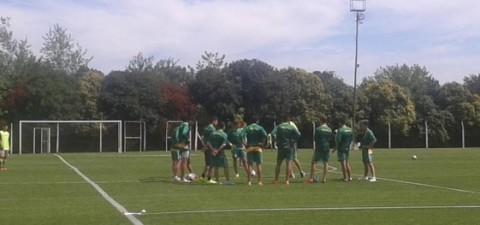 Martínez y De Miranda reemplazarían a Faccioli y Vella lesionados. Rodríguez se retiró del entrenamiento con molestias