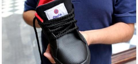 Trabajadores autogestionados refundan y rearman una cooperativa de calzado en La Rioja