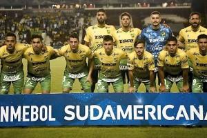 Equipo Defensa ante Sao Paulo
